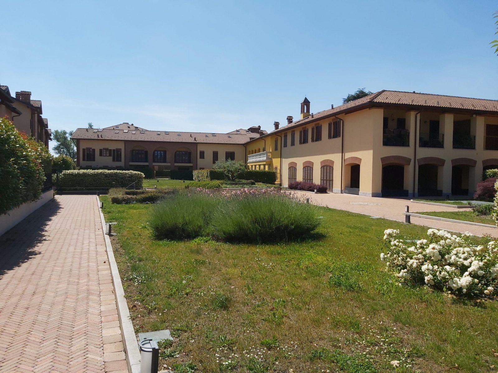 Assago Green Village
